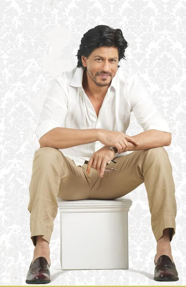 Embedded image permalink-Shah Rukh Khan in the Latest Mahagun ad.
