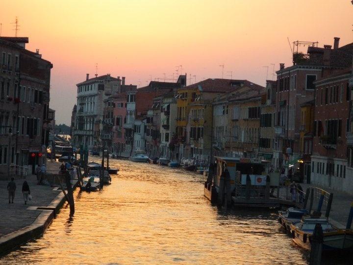 My favourite photo of Venice at sunset. Beautiful!