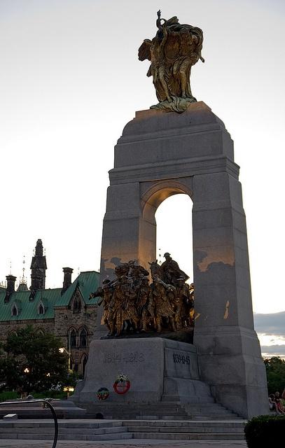 War Memorial The National War Memorial in Ottawa.