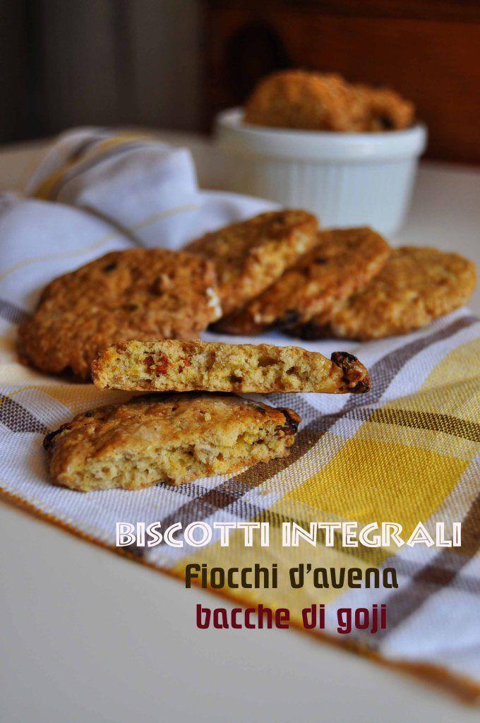 Biscotti integrali con fiocchi d'avena e bacche di goji (7)