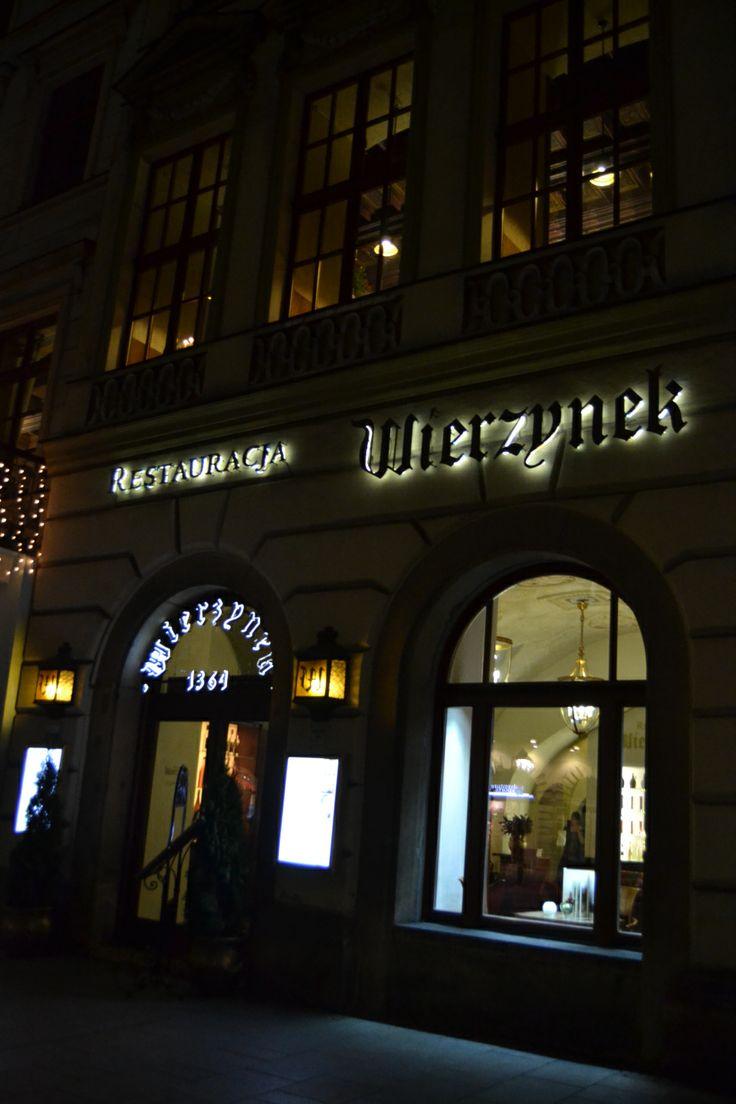 A table en Pologne #1 – Wierzynek ou le plus ancien restaurant de Cracovie | Jolis voyages