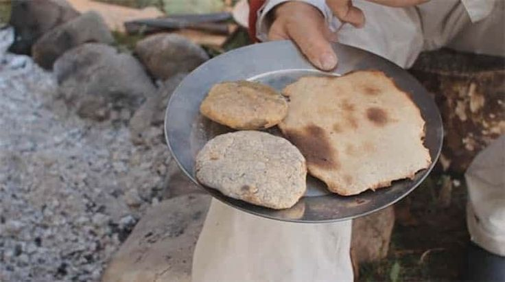 How to Make Civil War Fire Cakes | Survival Food Tutorial - Easy & Simple DIY Recipes Every Preppers & Survivalist Should Learn.| SHTF Preparedness & Doomsday Prepping Ideas by Survival Life.