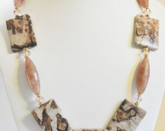 Pulsera de perlas blancas joyería moldeada hecha por beaddesignsbyk