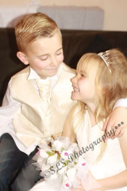 Weddings sibling love SLS photography
