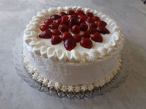 Torta fragole e panna montata dei miei sogni