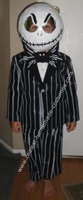 Make your own Jack Skellington costume! <3 B would LOVE this!
