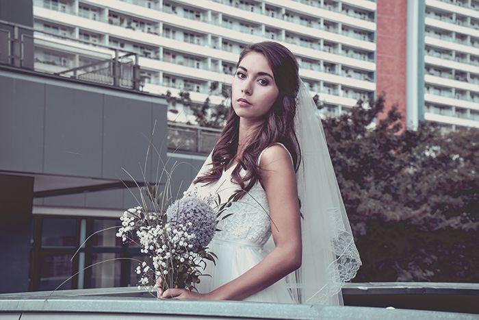 ... Berlin på Pinterest  Brautmode berlin, Hochzeitskleid berlin och