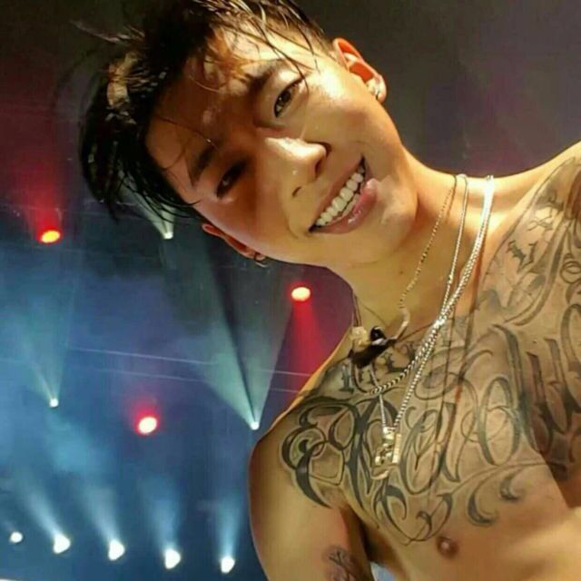 """Yongguk... Shirtless and wet... and apprently """"on top"""".... Lord have mercy.."""