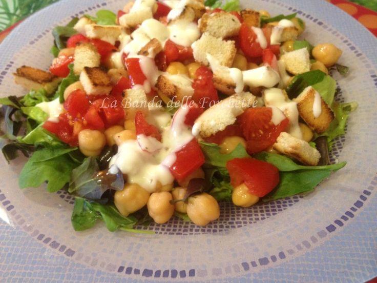 I legumi sono buonissimi! Sono ricchi di proteine, sono salutari, aiutano ad esempio ad abbassare il colesterolo e si prestano a molte ricette!