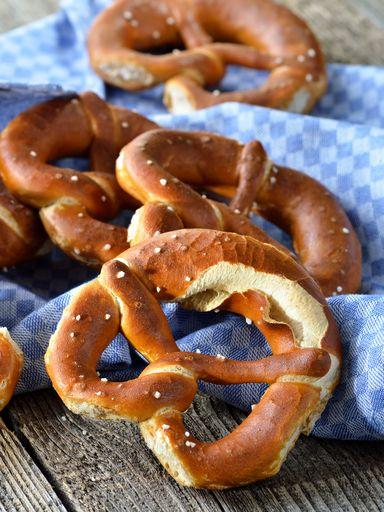Bretzels (Alsace) : Recette de Bretzels (Alsace) - Marmiton