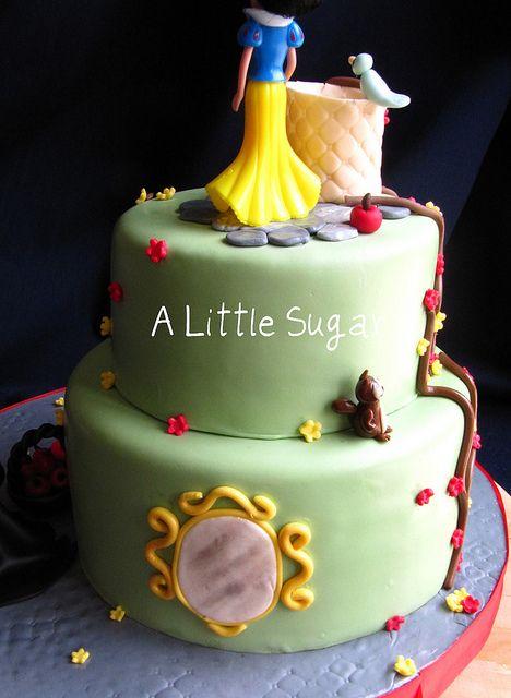 snow white cake backside | Flickr - Photo Sharing!
