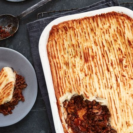 Mary Berry's Cottage Pie with Thyme and Mushrooms