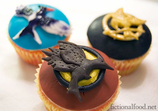 hunger games cupcakes: Catch Fire, Games Birthday, Hunger Games Parties, Birthday Parties, Books Club, Games Cupcakes, Food Blog, Cupcakes Rosa-Choqu, The Hunger Game