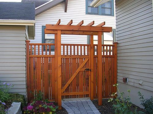 Cedar fence styles woodworking projects plans for Craftsman style fence