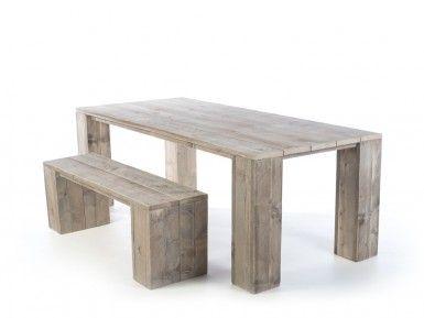 scaffolding wooden table hamburg oblique