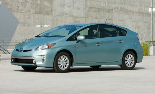 482000 Toyota Prius Lexus CT200h Hybrids Recalled for Curtain Airbags