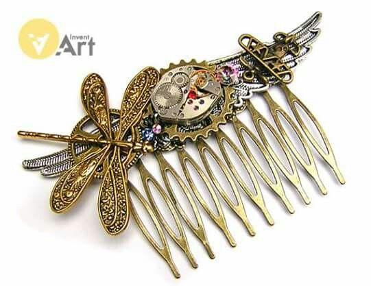 Ornamental comb by Invent-Art