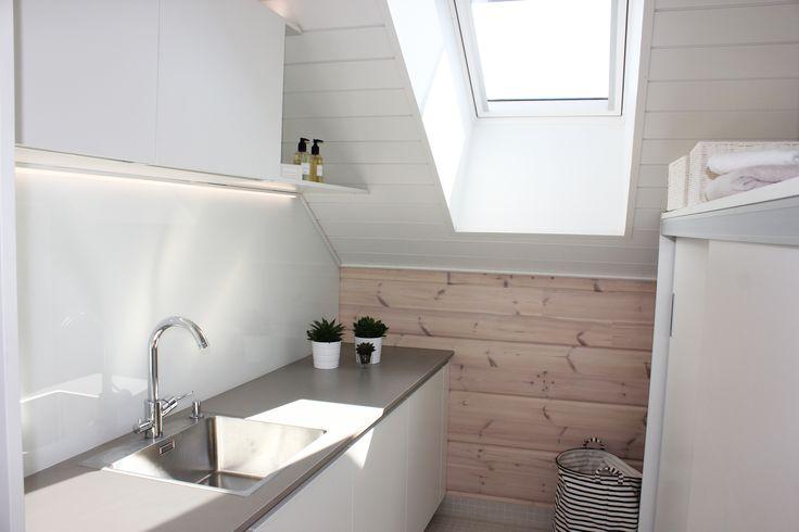 Villa Kapee asuntomessut2015 modern skandinavian loundry room. Interior design by Hanna-Marie Naukkarinen