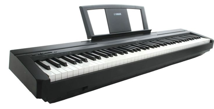 The P-35 digital piano features Yamaha's Graded Hammer Standard (GHS) action which provides authentic piano touch that's suitable for the beginner pianist. Yamaha's AWM sampling technology reproduces