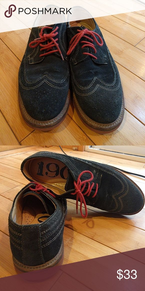 1901 Blue Suede Oxford Sz 9.5 Blur suede oxfords with thick reddish brown sole. Thick comfortable cushioning inside. 1901 Shoes Oxfords & Derbys