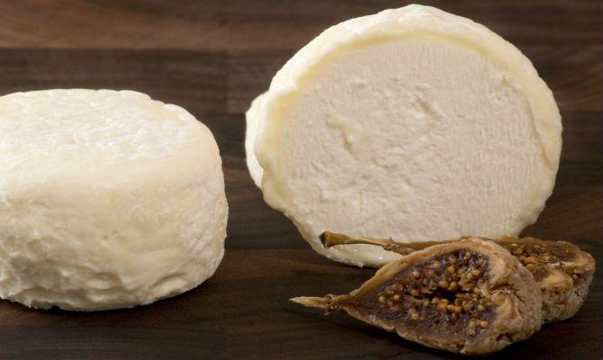 Hooked on Cheese: The Versatile Crottin