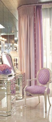 Glam vanity