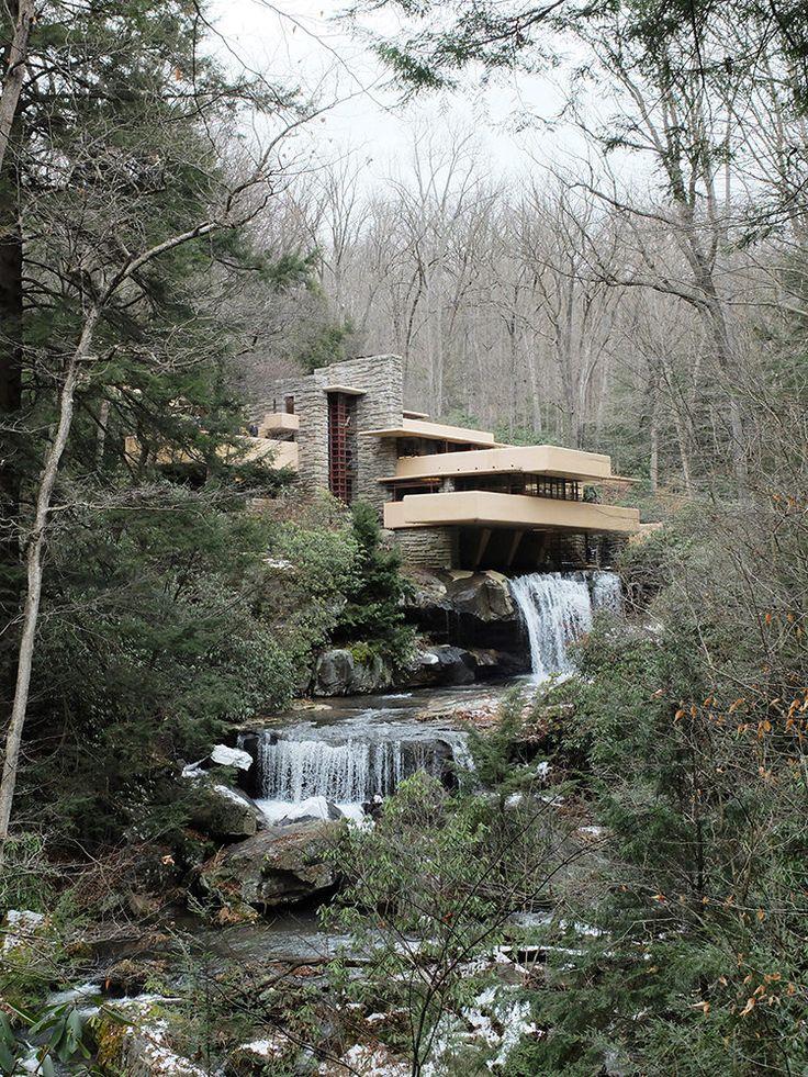 Frank Lloyd Wright's 'Fallingwater'