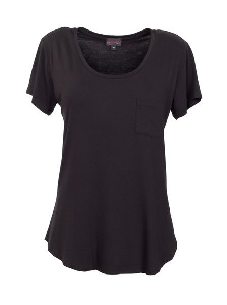 Breastfeeding T-Shirt | Black  #black #breastfeedingshirt #nursingtop #breastfeeedingclothes #breastfeedingtops #breastfeedingattire #breastfeedingoutfits #breastfeedingsupport  #breastfeedingstyle #workingmoms #breastfeedingmoms #nursingmoms #postpartumclothing #peachymama #Australia