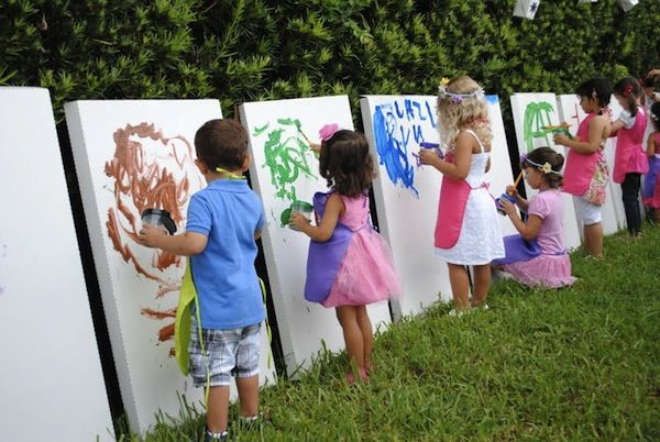 Host a Painting Party for the Kids!  How fun would this be?!: Paintings Parties, Kids Parties, Cardboard Boxes, Art Parties, Kids Birthday, For Kids, Birthday Parties, Canvas, Parties Ideas