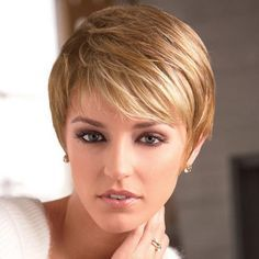 Contemporary short, straight layered style #paulayoung #hair #wig