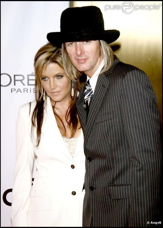 Lisa Marie Presley et Michael Lockwood.....<3