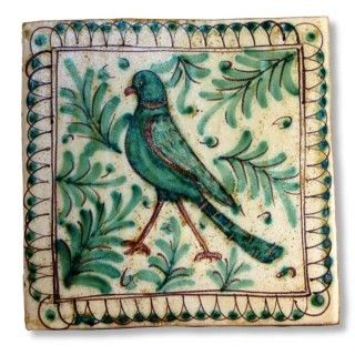 This Sicilian tile depicts a bird. The tile is entirely handmade and hand painted in Caltagirone by Giacomo Alessi, one of the most relevant ceramic artists in Italy. For his Medieval Collection, Alessi draws inspiration from the subjects of the Sicilian pottery made during the Middle Ages. He is particularly fascinated by the animals, which were popular subjects and symbols of human vices and virtues.