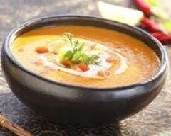 Soupe épicée à la patate douce : http://www.cuisineaz.com/recettes/soupe-epicee-a-la-patate-douce-38142.aspx