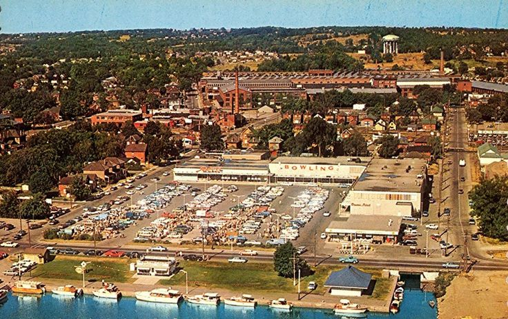 Circa 1967 ~ George Street docks, Steinbergs & The Bowling Alley