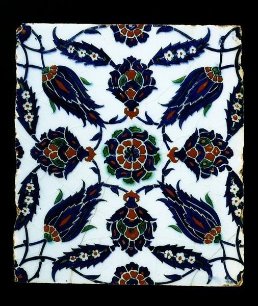 Fritware, polychrome underglaze painted, glazed. Iznik, Turkey, circa 1550-1600
