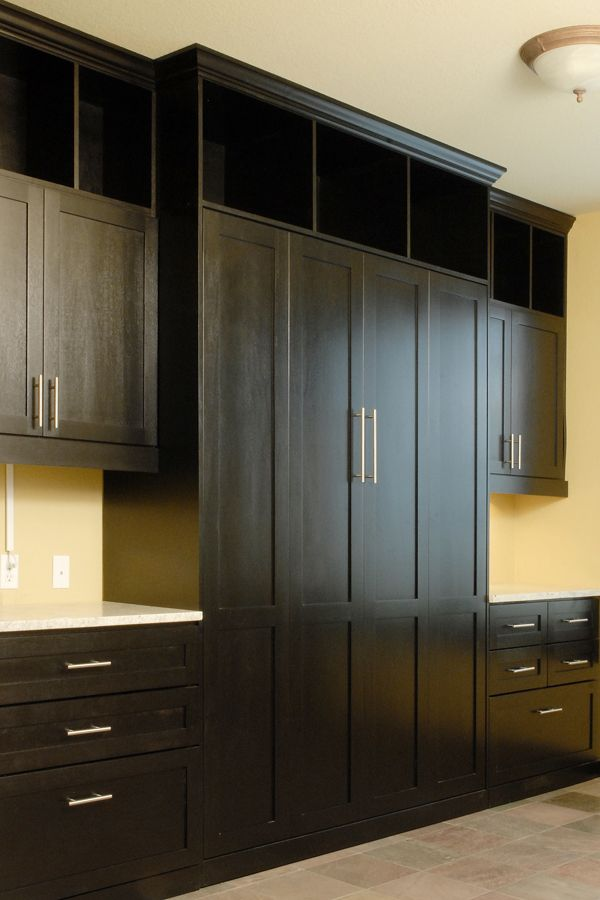 Murphy Wall Beds for Small Spaces... The one like I want is a corner unit with a desk! I also want a Murphy table attached to it!
