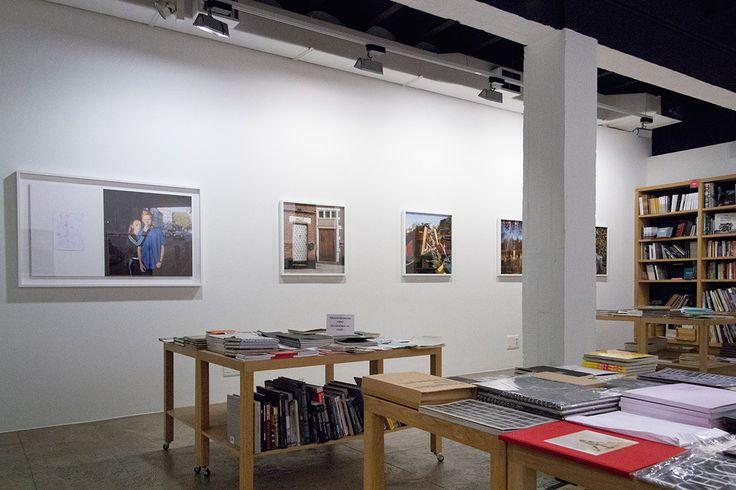 Fotograf Carlos Albas udstilling The Oservation of Trifles, La Fabrica, Madrid