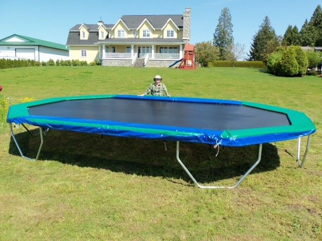 16' X 24' Goliath - Round Trampolines and Rectangle ...