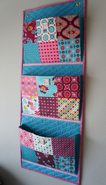 wall organizer -I could use several of these.........fun to make!
