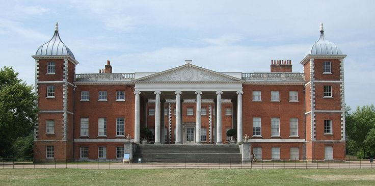 Osterley Park - When the house was built it was surrounded by rural countryside. It was one of a group of large houses close to London which served as country retreats for wealthy families, but were not true country houses on large agricultural estates. Other surviving country retreats of this type near London include Syon House and Chiswick House.
