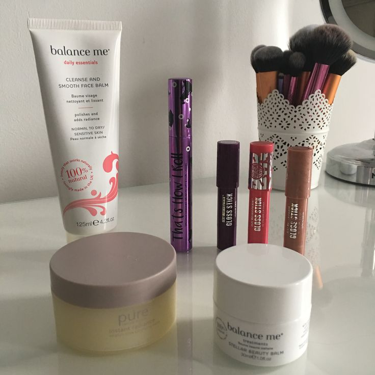 I always enjoy reading about people's favourite products, and I blog my gluten free favourites on my Gluten Free Joeyanne blog, so I thought I'd also share some cruelty free favourites …