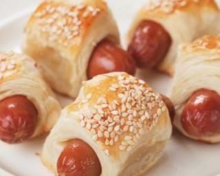 Feuilletés aux Knacki® et chèvre aux graines de sésame : http://www.fourchette-et-bikini.fr/recettes/recettes-minceur/feuilletes-aux-knackir-et-chevre-aux-graines-de-sesame.html
