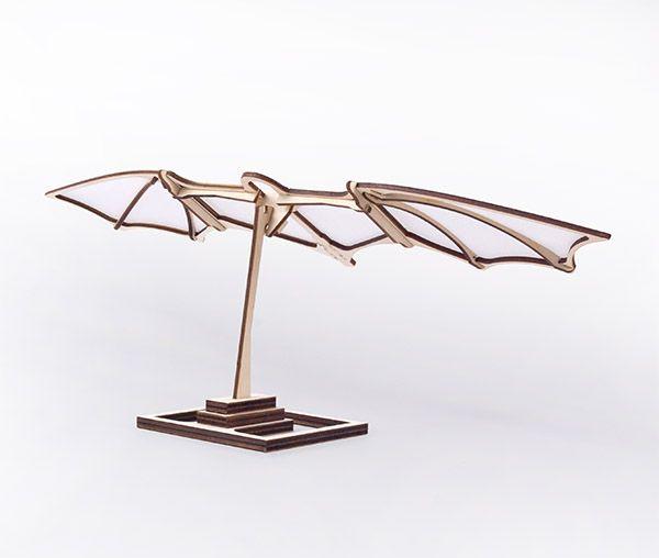 Leonardo's Glider. Birch plywood and Non wovwen Fabric