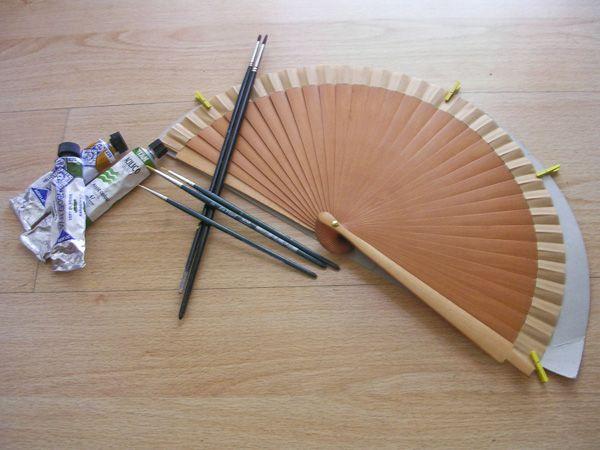 Un abanico pintado a mano pintura acr lica y para - Como pintar abanicos ...