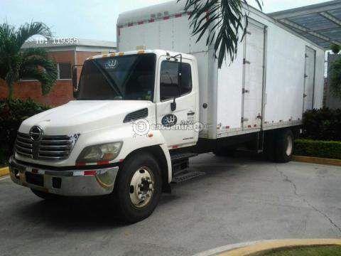 Camiones y Buses   Hino 238 Panamá 2007   camion hino 26 pies con elevador de carga negociable