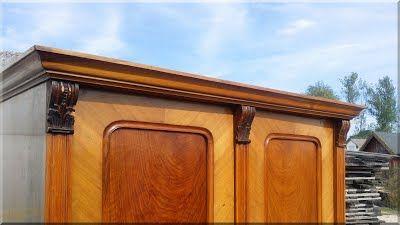 Antik diófa szekrény