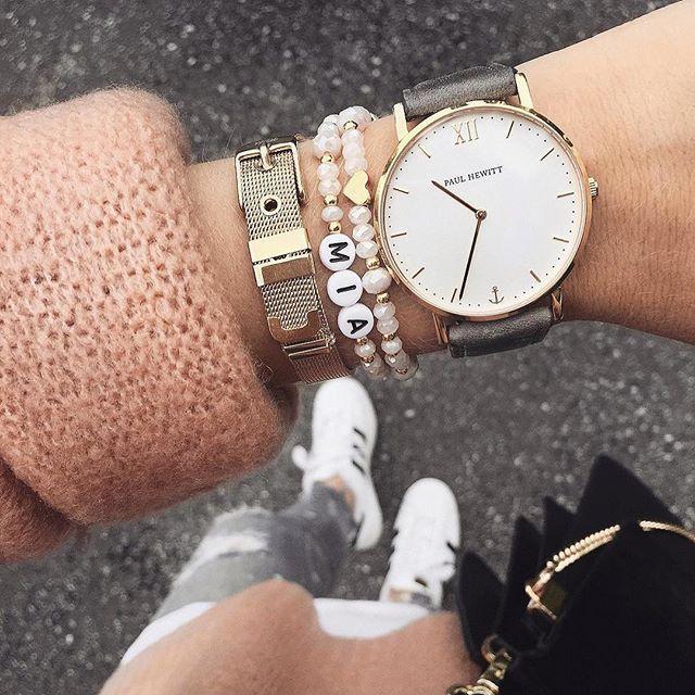 Armbanduhr am arm  16 besten Uhren und Schmuck Bilder auf Pinterest | Schmuck, Uhren ...