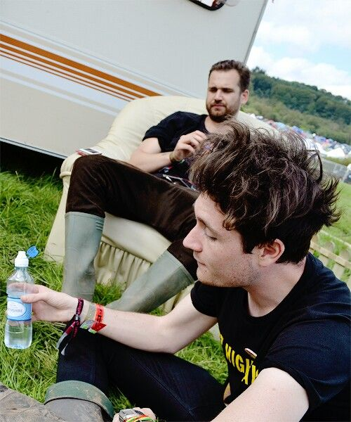 bastille dan smith live