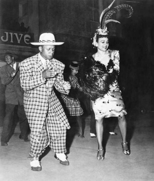 fabsion:  Dancing couple in the 1940's, he is replete with Zoot Suit. Very Allroot. Photo thanks to Shelton Powe, Jr.
