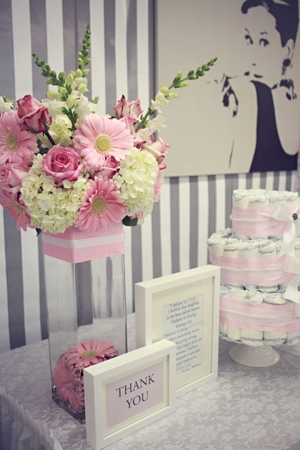 Breakfast at tiffany 39 s baby shower party ideas flower for Baby shower flower decoration